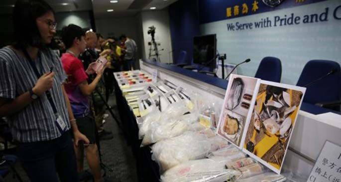 Seized evidences are displayed during a press conference held by Hong Kong police in south China's Hong Kong, Nov. 1, 2019. (Xinhua)