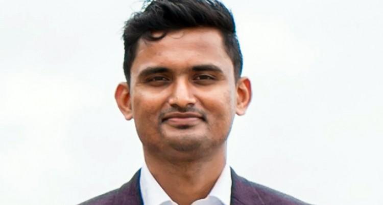 Fiji National University Academic Scoops Deans Award At James Cook University