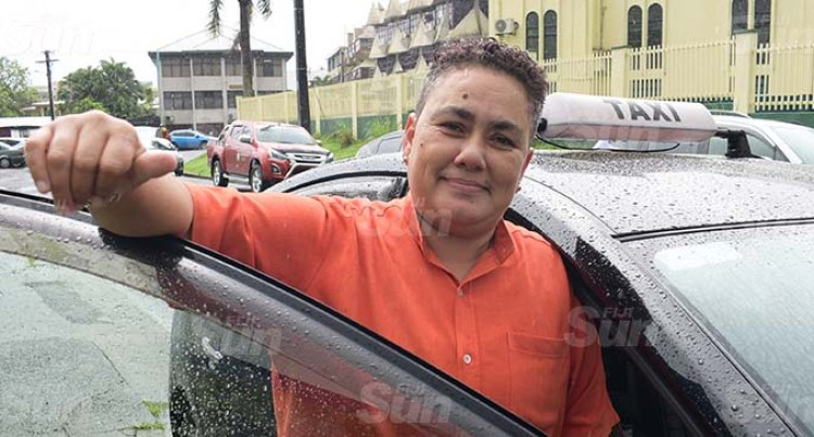 Taxi Driver Offers Free Transport For Those Offering Kind Deeds