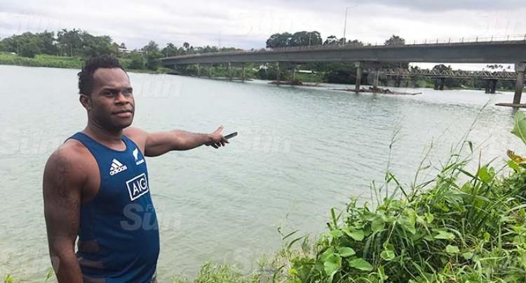 Rewa Bridge Hero: 'I Have To Save Him'