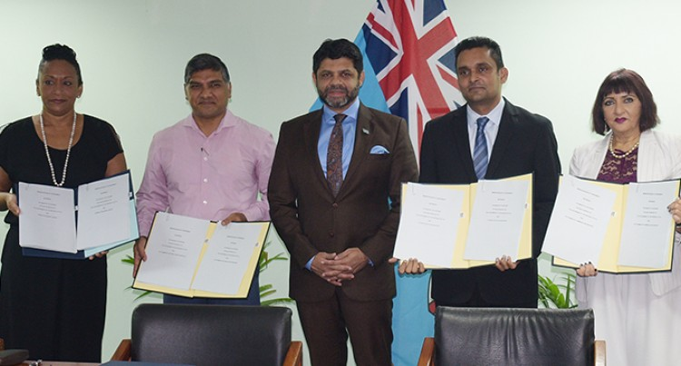 A-G Thanks Private Sector For Crucial Involvement