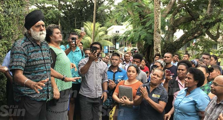 Probe On Pal: Over 200 USP Students Protest Suspension