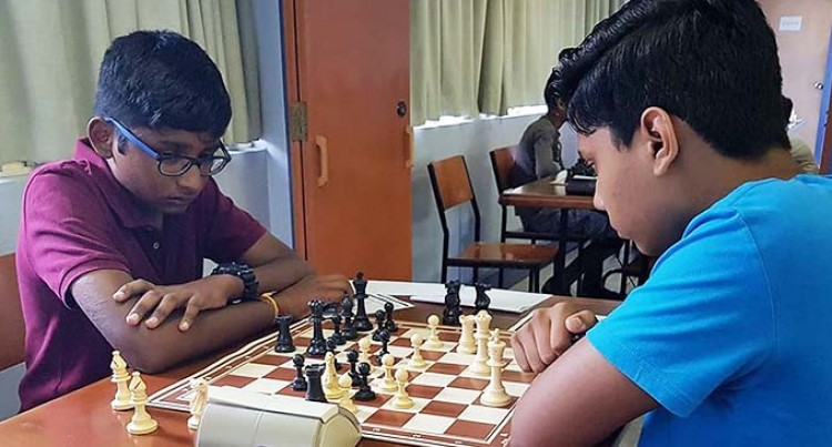 15-Year-Old Mukesh Shines In Chess Online