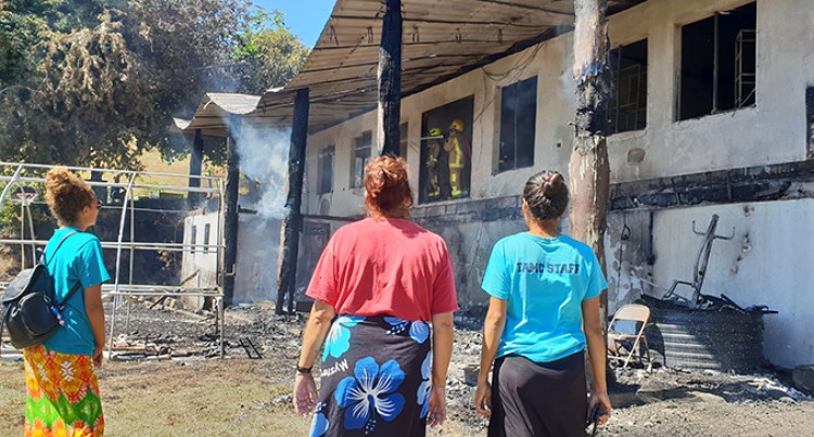 Family Of Six Lose Home In Early Morning Blaze