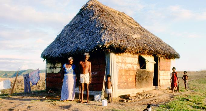 Rural Fiji in 1984. Photo: Paul Lawrence