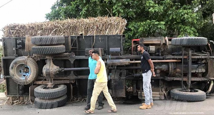 Police Warn Cane Lorries To Secure Load