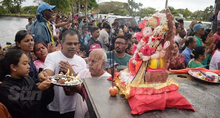 Hindus Mark Festival
