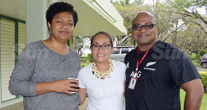 At the workshop (from left), Fiji Sun Managing Editor Digital Rosi Doviverata, Internews Pacific Partnership Co-ordinator, Donna Hoerder and Fiji Sun SunCity Editor Shalveen Chand at the University of the South Pacific Laulaca Campus on September 22, 2020. Photo: Ronald Kumar