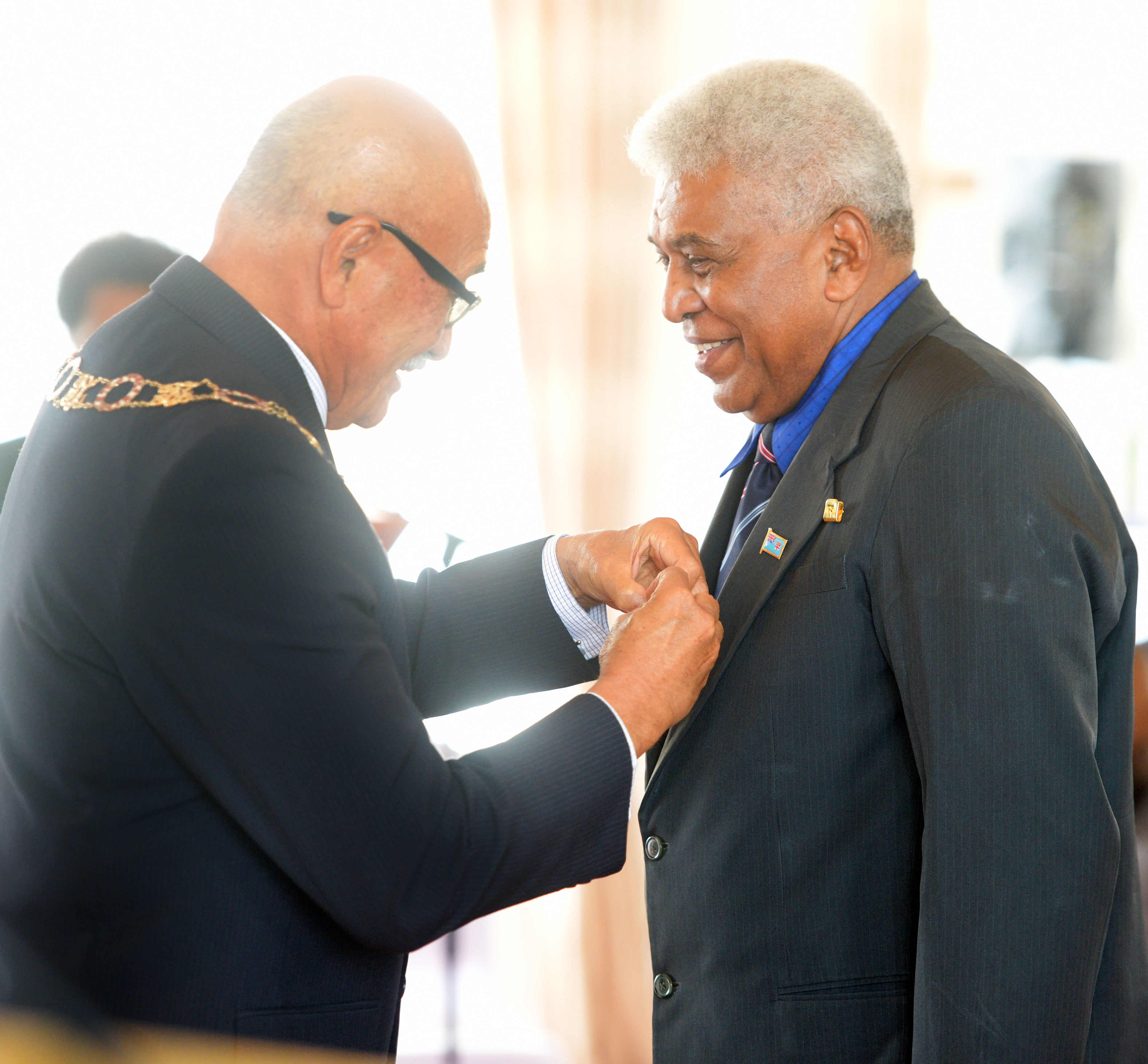 President Awards Romanu Tikotikoca with 50th anniversary of Independence commemorative medal during special investiture ceremony at State House on October 8, 2020. Photo: Ronald Kumar.