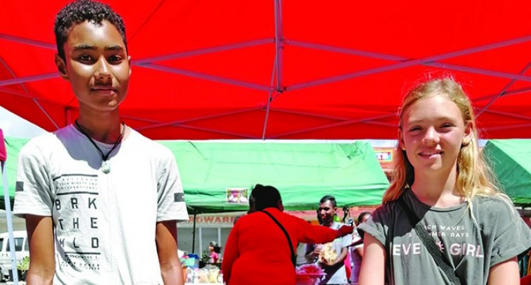 Troy And Zara Hold Record Product Sales At Market Day