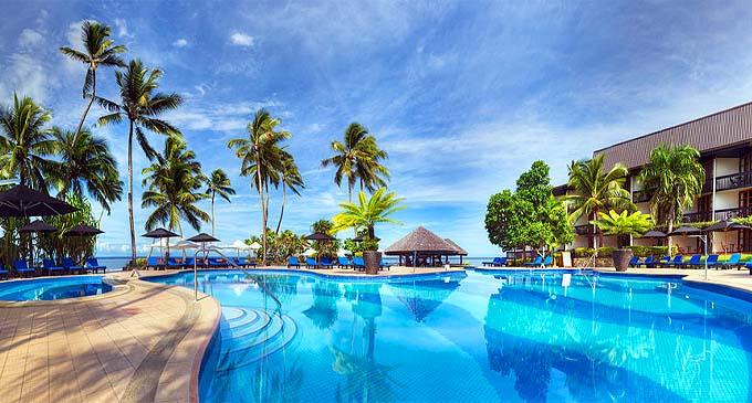 Warwick Fiji poolside area.