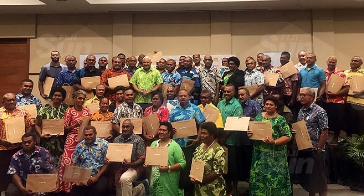 PM Hands Out Grant Funds To Landowners
