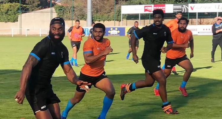 Flying Fijians Back Training
