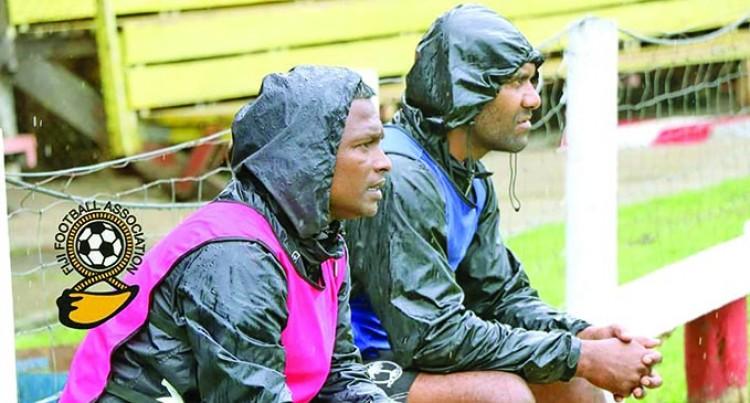 Ba Coach, Kumar, Undecided