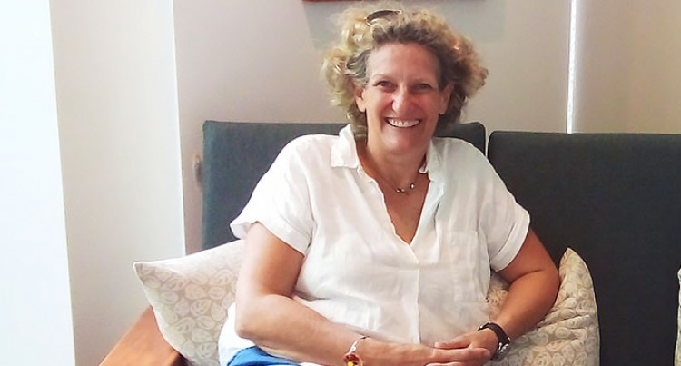 Let's Go Local: Alice Tells Of Sand Dunes And Sovi Bay