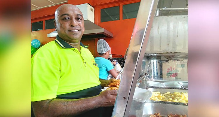 New Eatery Opens Today