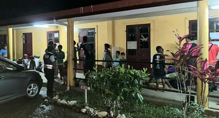 Police Assist Fijians Move Into Evacuation Centres