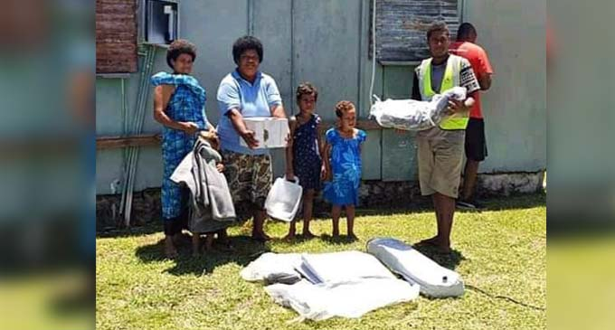 Families received the much needed supplies from the Fiji Red Cross Team. Source: Fiji Red Cross.
