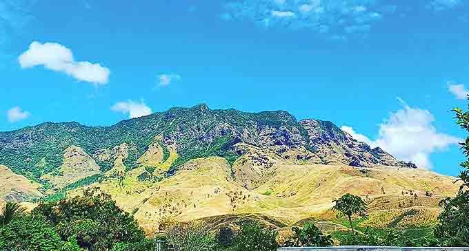 Nakauvadra mountain range in Ra.