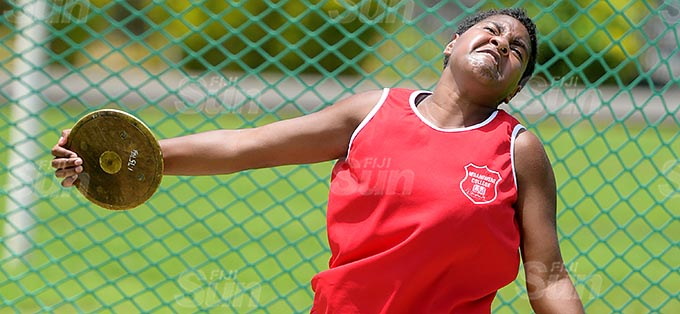 Muaniweni College athlete Rusila Camaibure during inter-girls discus thrown finals at Bedesi Park on February 24, 2021. Photo: Ronald Kumar.