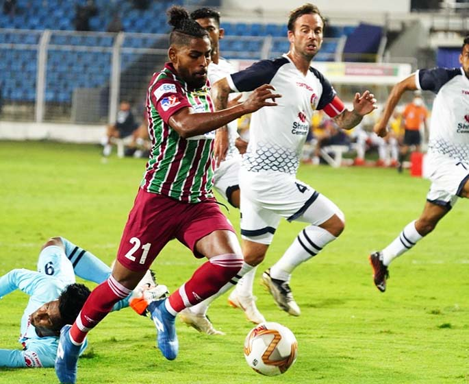 Roy Krishna on his way to score the first goal against SC East Bengal during the Kolkata derby of the Indian Super League at the Fatorda Stadium in Margao, Goa in India on February 19, 2021. Photo: ATKMB