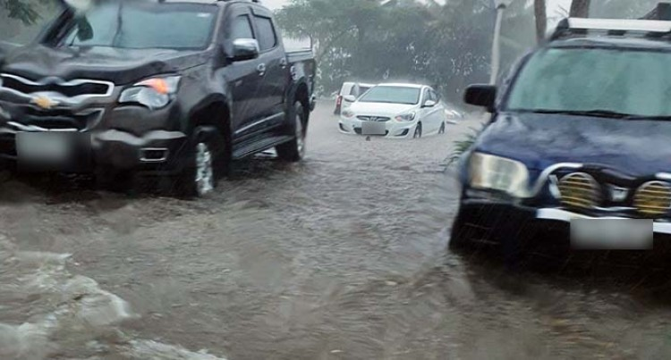 Heavy Rain Causes Surface Flooding In The Central And Western Divisions