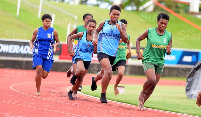Roela Kalaumaira of Namosi Secondary School make her move to win the Suva Zone 1 3000meters final at ANZ Stadium on March 16, 2021. Photo: Ronald Kumar.