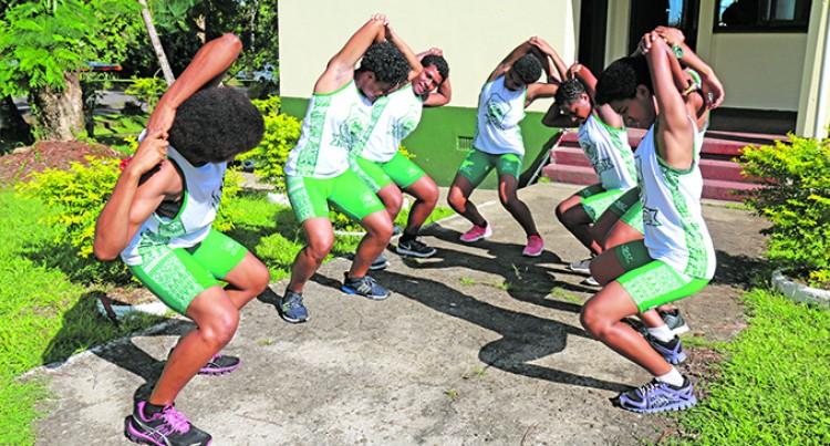 Old Girls Assist Athletes