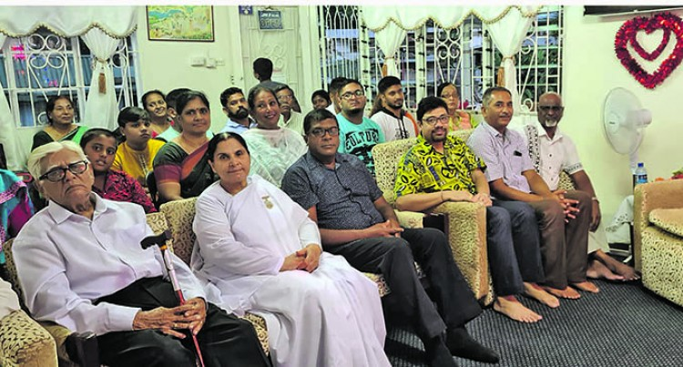 Reddy: Our Difficult Times Shall Pass As He Observes Ram Naumi With Members