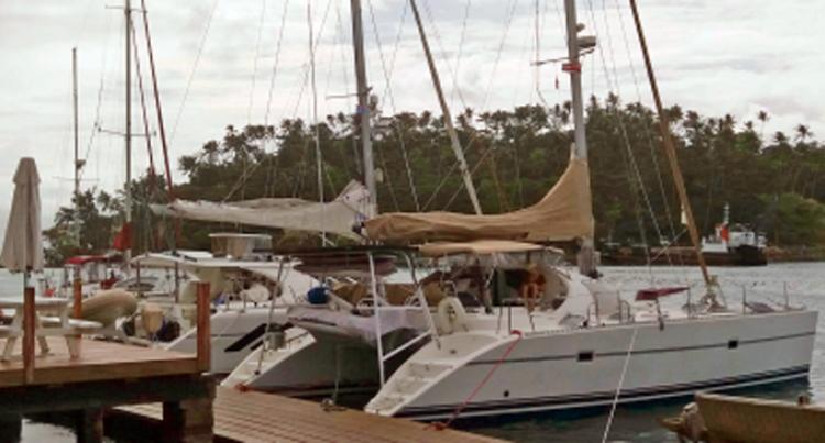 Savusavu Blue Lane Attracting Sailors: Taylor