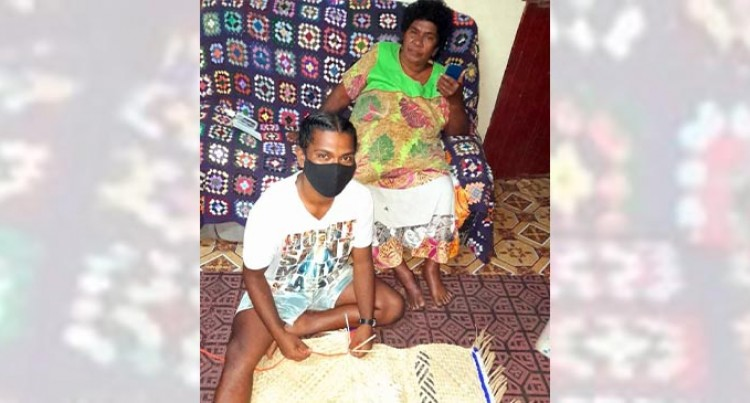 Weaving Mats 'For Men Too'