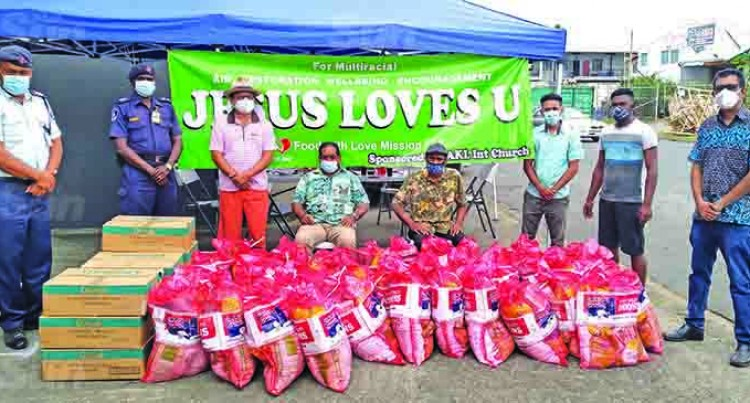 Auckland Church Donates Food Rations