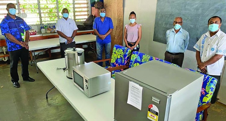 Lautoka Business Community Supports Health, RFMF Staff