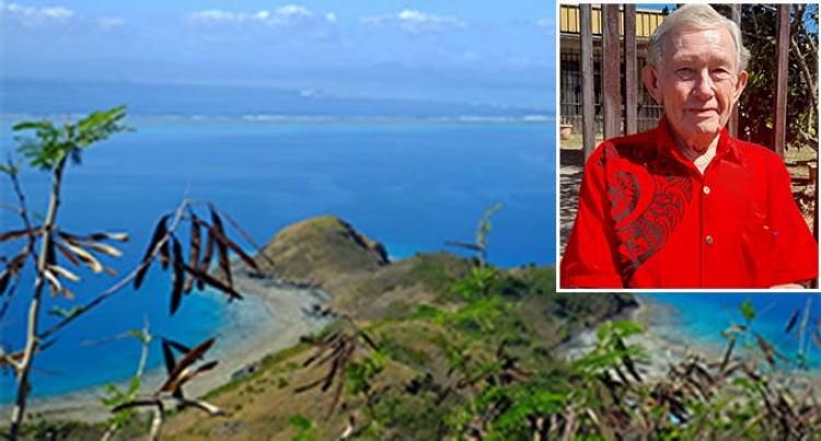 Let's Go Local: Diamond-Lit Udu Point Beach For Brook