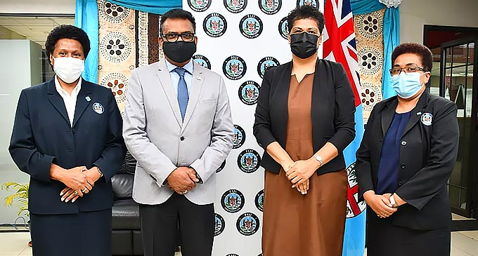 Permanent Secretary Office of the Prime Minister, Immigration and Sugar Industry, Mr. Yogesh Karan with the senior officials of the Fijian Immigration Department.