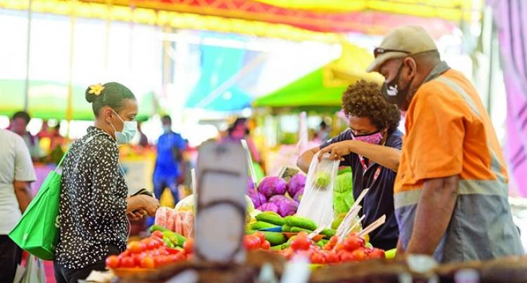 Market Vendors Still Use Banned Plastic Bags